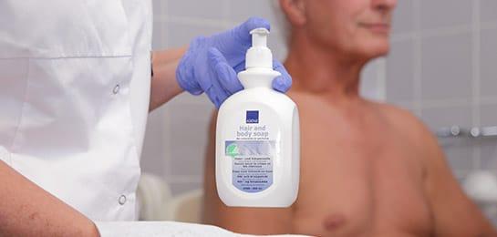 huidreiniging en verzorging wassen haren en lichaam